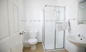 A bathroom at Ashley Victoria