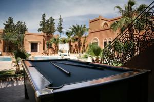 A pool table at Oscar Hotel by Atlas Studios