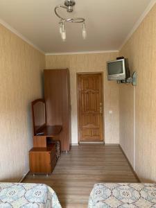Телевизор и/или развлекательный центр в Бухточка