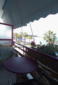 A balcony or terrace at Diamanto Rooms