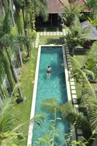 A view of the pool at Ganga Hotel & Apartment or nearby