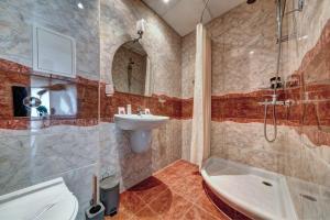 Баня в Семеен Хотел Петров