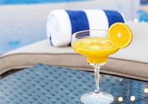 Drinks at Leva Hotel and Suites, Mazaya Centre