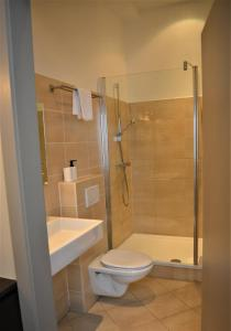 A bathroom at Hotel Mezonvin