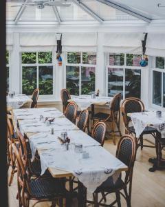 Ресторан / где поесть в The Mariner King Inn