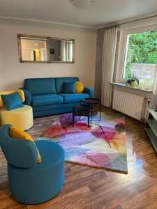 Ein Sitzbereich in der Unterkunft Appartements Pension Eckerskorn