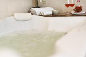Koupelna v ubytování Hotel Romance