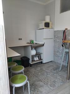 A kitchen or kitchenette at Tequeron