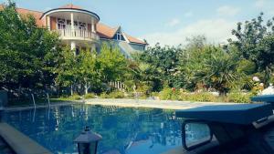 A piscina localizada em Paradise Villa ou nos arredores
