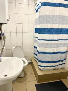 Ванная комната в 12 Стульев