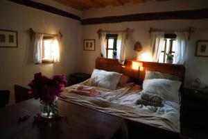 A bed or beds in a room at HIS-a za 2