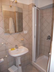 A bathroom at Villa Eleonora