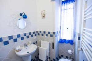 A bathroom at Casa Lollobrigida