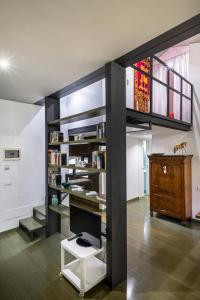 A kitchen or kitchenette at 1 min from Accademia : duplex stylish and cosy
