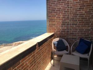شرفة أو تراس في Bahamas Beachfront Break