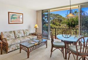 A seating area at Aston Maui Kaanapali Villas