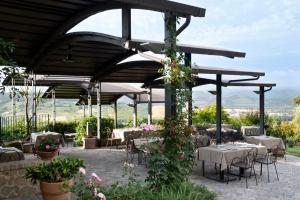 A restaurant or other place to eat at Altarocca Wine Resort