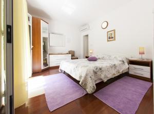 Postel nebo postele na pokoji v ubytování Villa Brac (3634)