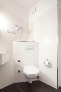 A bathroom at Hotel Martinihof