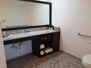 A bathroom at Mission Inn