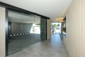 The lobby or reception area at West Fitzroy Apartments