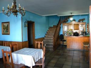 Un restaurante o sitio para comer en Hotel Solymar