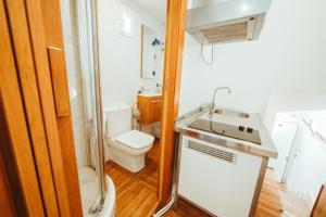 A bathroom at Hospederia Rincon De Leon