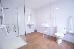 A bathroom at The Bridge House; BW Signature Collection