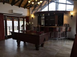 Billard dans l'établissement Morokolo Safari Lodges