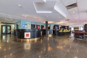 The lobby or reception area at Thon Hotel Brussels Airport