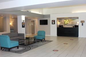 The lobby or reception area at Holiday Inn Victorville, an IHG Hotel