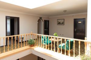 Ein Balkon oder eine Terrasse in der Unterkunft Buldum Otel