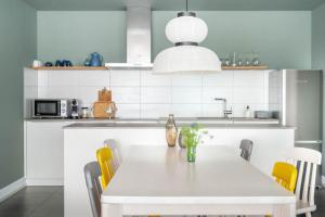 Küche/Küchenzeile in der Unterkunft BodenseeApartment Suite