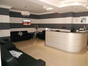 The lobby or reception area at Hotel Santangelo