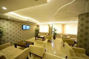The lounge or bar area at Grand Bazaar Hotel