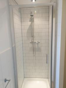 A bathroom at The Tavistock Hotel & Inn