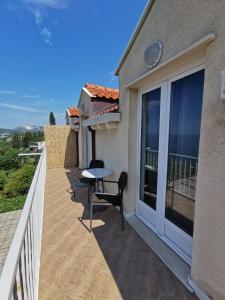 Balcon ou terrasse dans l'établissement Apartments Lira