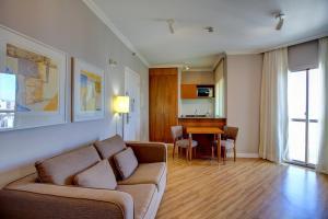 Uma área de estar em Bela Cintra Stay by Atlantica Residences - Antigo Quality Suites Bela Cintra