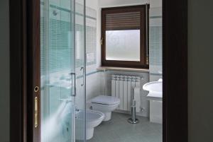 A bathroom at B&B Angela