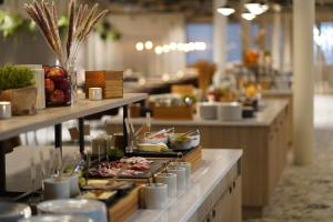 A restaurant or other place to eat at Quality Hotel Arlanda XPO