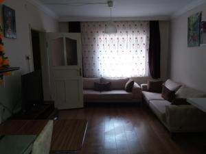 A seating area at Camlik Apart Hotel