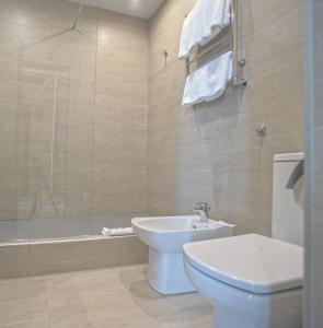 Ванная комната в Апарт-Отель «Бристоль»