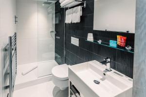 Salle de bains dans l'établissement Grassmarket Hotel