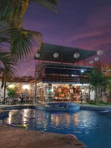 The swimming pool at or close to Gran Hotel Villa del Sur
