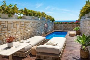 The swimming pool at or near Mazzarò Sea Palace - VRetreats
