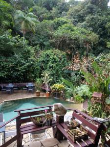 A view of the pool at Pousada do Riacho/Trindade or nearby