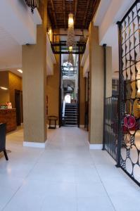 The lobby or reception area at Patios de San Telmo