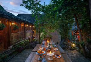 A restaurant or other place to eat at Yangshuo Secret Garden