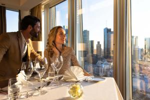 A restaurant or other place to eat at Jumeirah Frankfurt