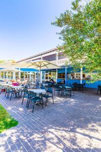 Restaurant ou autre lieu de restauration dans l'établissement Vacances Menorca Blanc Palace